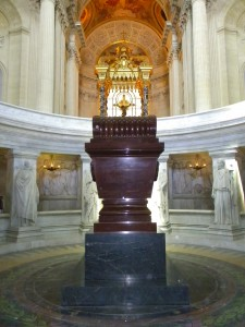 The altar seen behind Napoleon's sarcophagus, from the niche where his statue stands.