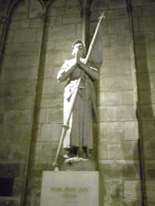 Statue to St. Joan of Arc at the Cathedral de Notre Dame
